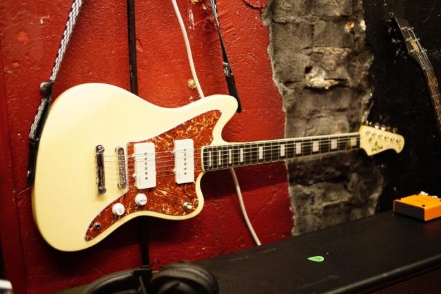 Gitarrenaufnahmen - Backup on the wall