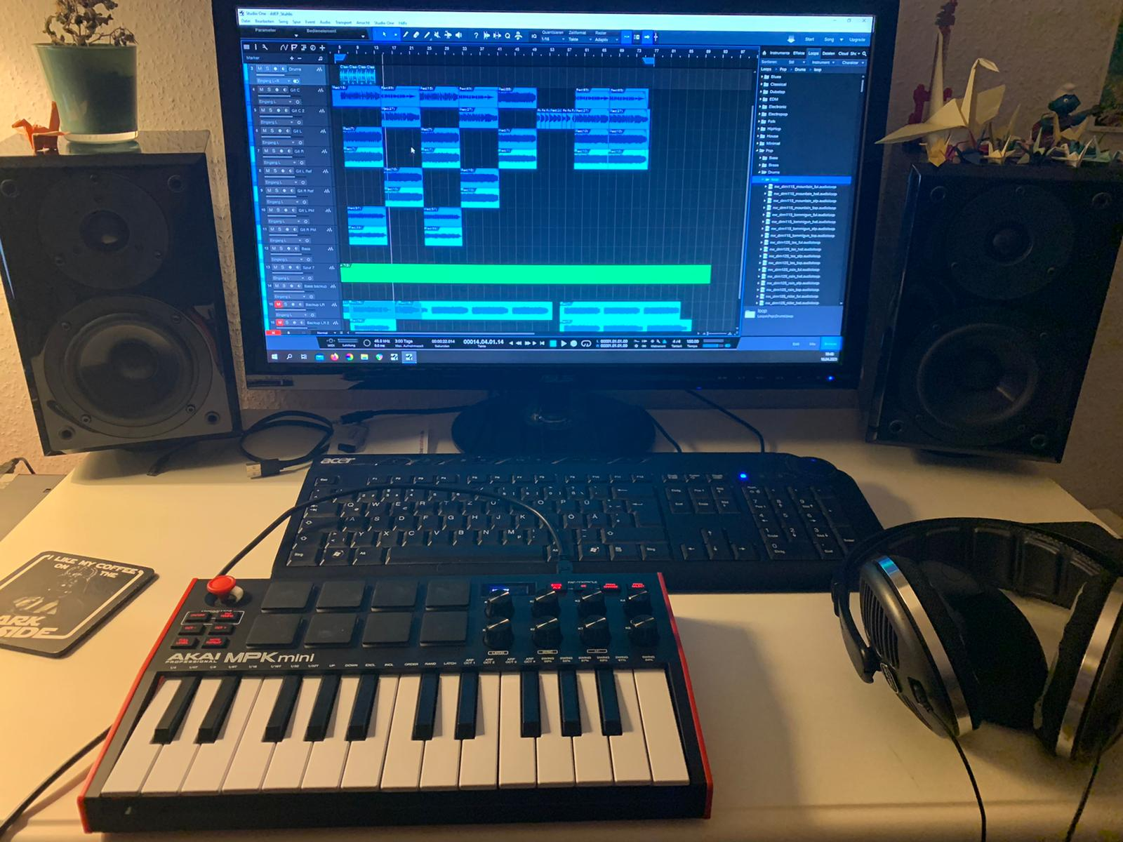 Workstation with MIDI Keyboard for Home Recording